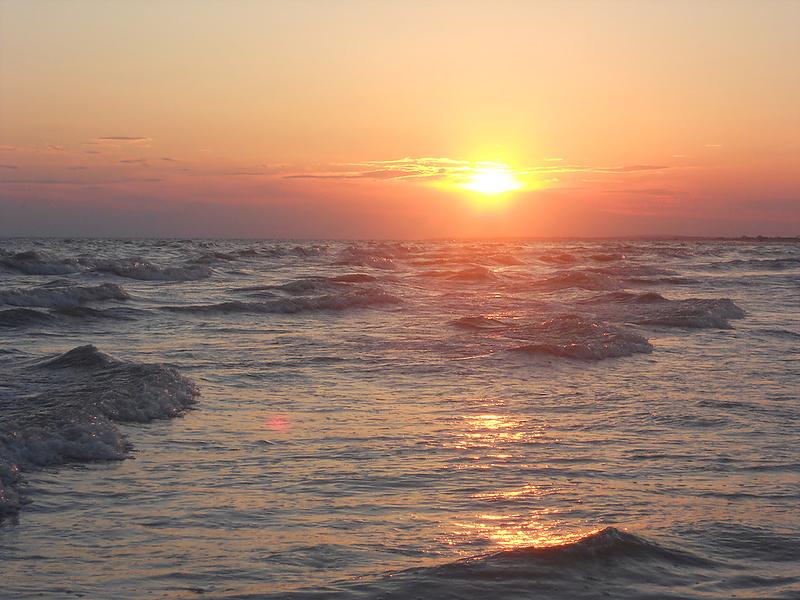 Закат на Черноморском побережье))