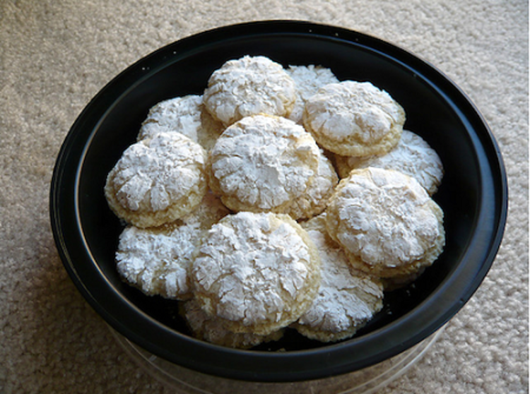 http://www.italia-ru.it/files/ricciarelli.png